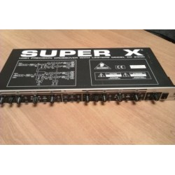Behringer SUPER X CX2300 2-Way Stereo/3-Way Mono Frequency C