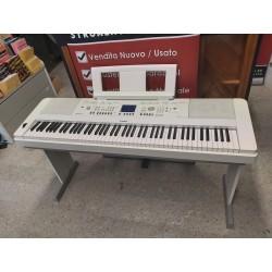 YAMAHA DGX650 PIANOFORTE DIGITALE ARRANGER 88 TASTI BIANCO